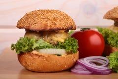 新鲜的汉堡 免版税库存图片