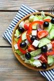 新鲜的沙拉用希腊白软干酪 图库摄影