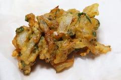 新鲜的油煎的葱bhaji 免版税库存照片