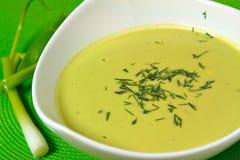 新鲜的浓豌豆汤 免版税库存照片