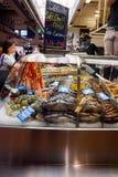 新鲜的海鲜在市场上 库存图片