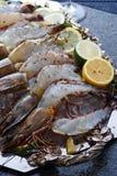 新鲜的海鲜盛肉盘 库存图片