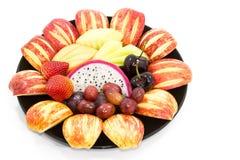 新鲜的混合果子在白色背景(选择聚焦a隔绝了 免版税库存照片