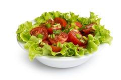新鲜的清淡的沙拉用蕃茄和香葱 免版税库存图片