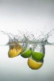 新鲜的游泳水果和蔬菜 库存图片