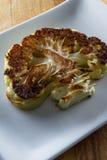 新鲜的烤花椰菜 库存照片