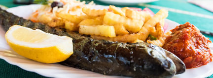新鲜的烤鳟鱼鱼 免版税库存照片