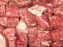 新鲜的猪肉待售在一个超级市场上食物设计背景的 库存照片