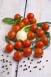 新鲜的甜蕃茄 图库摄影