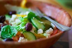 新鲜的碗沙拉 免版税库存图片