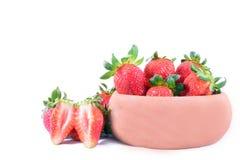 新鲜的红色成熟草莓 库存照片