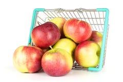 新鲜的红色苹果詹姆斯在白色追悼隔绝 免版税库存照片