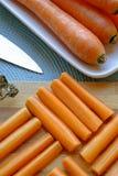 新鲜的红萝卜方形的画象切头 库存照片