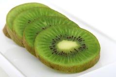 新鲜的绿色热带猕猴桃 免版税库存图片