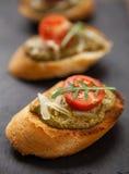新鲜的自创开胃小菜Bruschetta 免版税库存照片