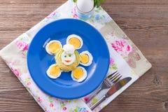 新鲜的芥末鸡蛋 库存图片