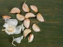 新鲜的芳香大蒜丁香  免版税图库摄影