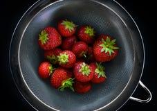 新鲜的英国草莓 免版税库存照片