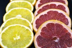 新鲜的葡萄柚圆环  免版税库存照片