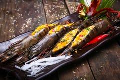新鲜的虾-盐味的鸡蛋 免版税库存图片