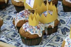 新鲜的被烘烤的国王&女王/王后松饼 免版税图库摄影