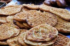 新鲜的被烘烤的小面包干 库存照片