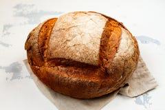 新鲜的被烘烤的面包 免版税库存图片