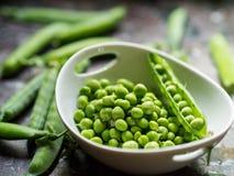 新鲜的豌豆 免版税库存照片