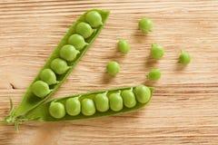 新鲜的豌豆 免版税库存图片