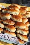 新鲜的饼红润盘 免版税库存照片