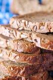 新鲜的黑面包 免版税库存图片