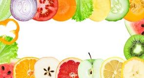 新鲜的水果和蔬菜切片 免版税库存图片