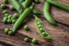 新鲜的绿豆 库存图片