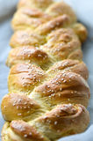 新鲜的结辨的面包 免版税库存照片