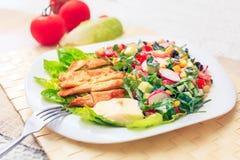 新鲜的素食主义者沙拉 免版税库存图片
