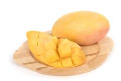 新鲜的Mangoe和切片 库存照片