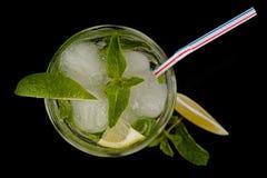 新鲜的mojito鸡尾酒顶视图 免版税图库摄影