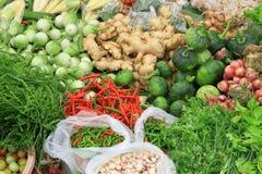 新鲜蔬菜在市场,亚洲,泰国上 库存照片