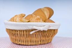 新鲜被烘烤的面包 库存图片
