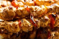 新鲜,热,油煎的,开胃烤肉串在格栅烹调了  库存图片
