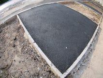 新鲜,黑色,在建造场所的被放置的沥青 库存照片