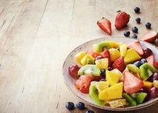 新鲜水果沙拉 免版税图库摄影