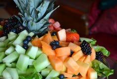 新鲜水果盘 库存图片