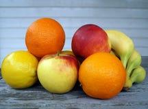 新鲜水果表 免版税库存图片