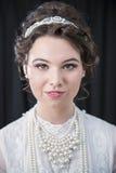 新维多利亚女王时代的女性模型画象  免版税库存照片