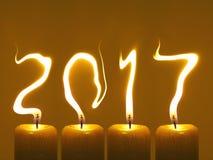 新年好2017年-蜡烛 库存照片