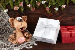 新年2016年 猴子和礼物盒 免版税库存图片