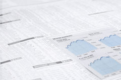 新闻抄纸浆料市场财政图, 免版税库存图片