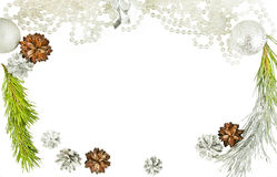 新年框架关闭与锥体和杉树分支 库存照片