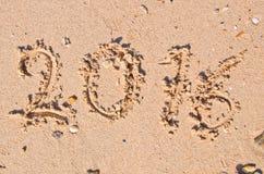 新年2016年概念;2016年在沙子背景纹理 免版税库存图片